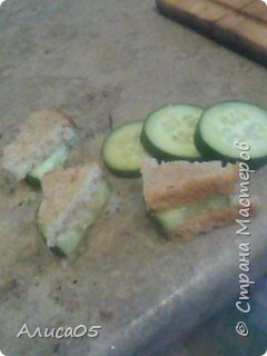 Всем привет! Хочу поделиться своим рецептом вкусных и полезных сэндвичей! Они очень просты в своём приготовлении. фото 1