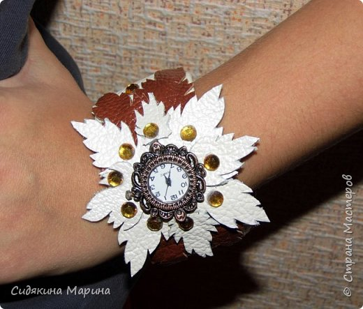 часы-браслет из кожи фото 6
