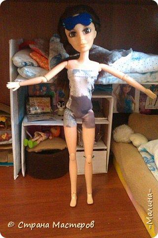 Привет СМ!  Так-как у меня появилась новенькая кукляша- Мили мне пришлось думать о том куда и с кем её поселить... хотела оставить всё как было ,но поставить новую кровать, а в итоге я выбросила все кровати и сделала двухэтажную кровать экономящую место в комнате... Сейчас я вам покажу эту комнату ( в ней поселились Элла и Мили) фото 12