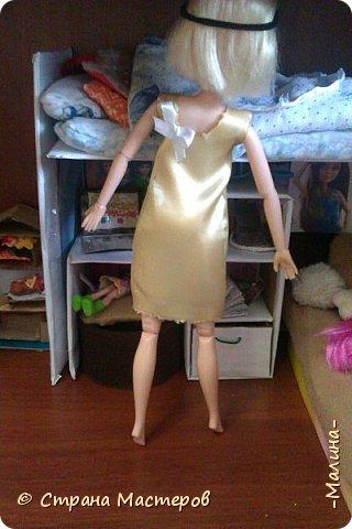 Привет СМ!  Так-как у меня появилась новенькая кукляша- Мили мне пришлось думать о том куда и с кем её поселить... хотела оставить всё как было ,но поставить новую кровать, а в итоге я выбросила все кровати и сделала двухэтажную кровать экономящую место в комнате... Сейчас я вам покажу эту комнату ( в ней поселились Элла и Мили) фото 15