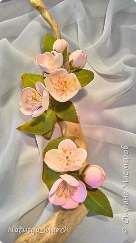 Яблоневый цвет на зажиме для волос фото 4