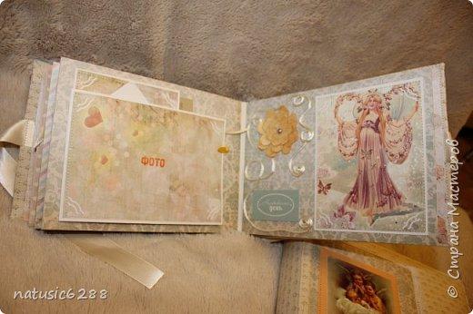 Альбомы-близнецы созданы для крестной мамы и для крестного папы малышки Марии. фото 7