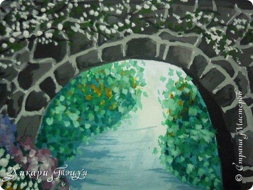 """Итак, я участвую в конкурсе """"Ленивый пейзажист""""(https://stranamasterov.ru/node/1032943?c=favorite). Так как вид из моего окна оставляет желать лучшего, то мне разрешили нарисовать выдуманный вид из окна. В моем случае, это вид из окна моей мечты)))  Рисунок нарисован гуашевыми красками. Это моя первая работа красками за последние три года. Рисовала ими я очень давно, только на уроках рисования в школе, потому что предпочитаю рисовать карандашами. Но рисовать я, как видите, красками немного умею. Результат меня порадовал, так я ожидала худшего))) фото 10"""