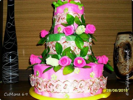 Тортик из памперсов в подарок. фото 3