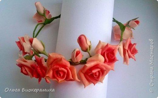 Венок для невесты из холодного фарфора. В составе 9 роз и 6 бутонов. фото 6