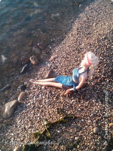 Привет!!! Наконец я создаю первую запись в блоге! Это моя кукла Элизабет. Она захотела вместе со мной на пляж и прихватила свои вещички. фото 5