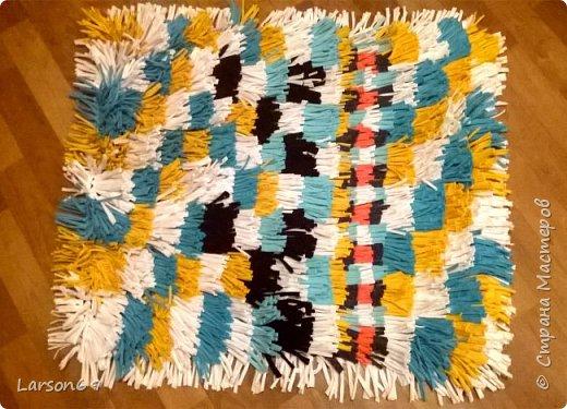 Сделала ещё один ковёр подруге на день рождения. фото 1
