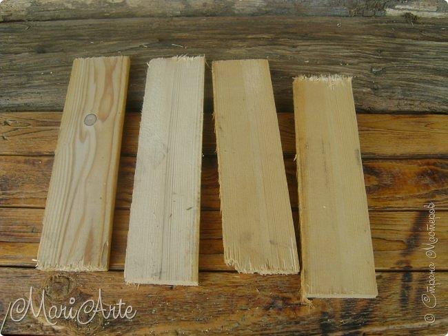 Здравствуйте, всем, заглянувшим ко мне в гости !!  Увидела я как то в интернете, что можно расписывать обычные деревянные дощечки, небрежно сколоченные..... фото 4