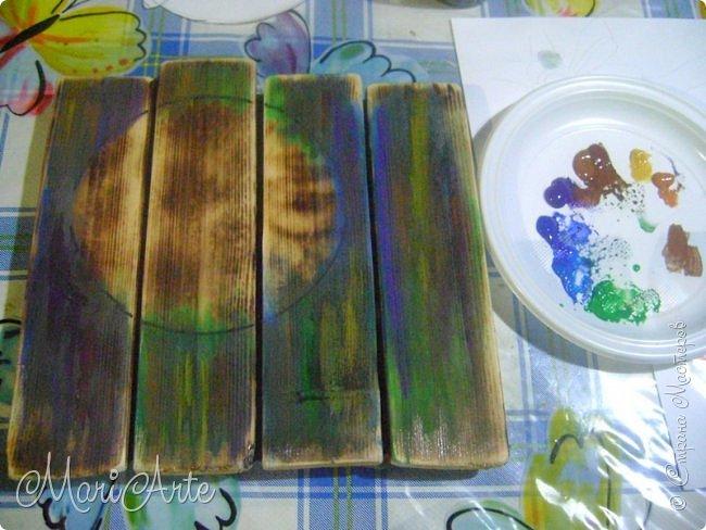Здравствуйте, всем, заглянувшим ко мне в гости !!  Увидела я как то в интернете, что можно расписывать обычные деревянные дощечки, небрежно сколоченные..... фото 34