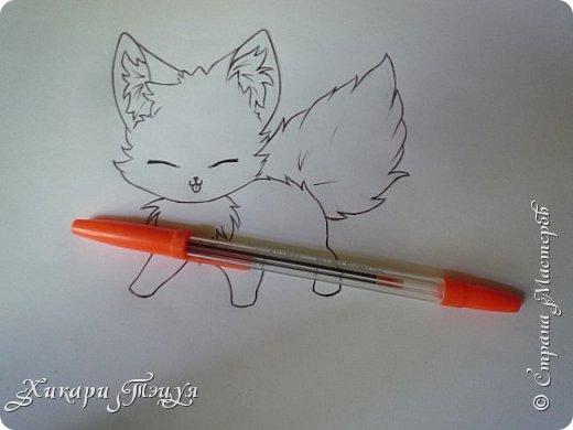 Всем привет! Сегодня мы с вами нарисуем вот такого лисёнка.  Некоторые меня просили сделать МК как я рисую ЭАХ, но, к сожалению, это не так легко. Поэтому я начну свои мастер-классы с более лёгких рисунков. Для работы нам понадобятся: простой карандаш; ластик; если нужно, то чинка; цветтные карандаши; черная, коричневая и оранжевая ручки (если нет, то можно обойтись одной черной или черным фломастером), а еще корректор или белая ручка. И очень прошу - читайте то, что я пишу!!! Не просто смотрите и рисуйте, а еще и читайте, не ленитесь. фото 17