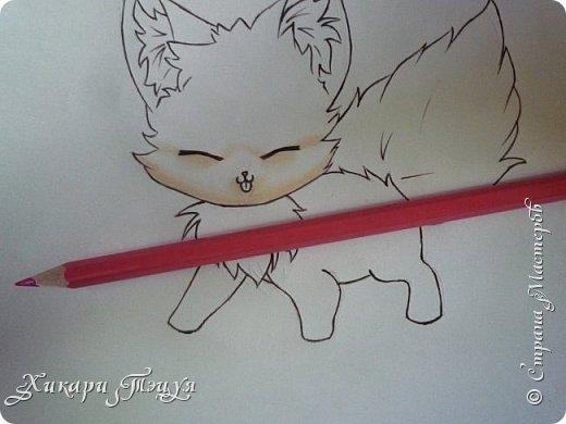 Всем привет! Сегодня мы с вами нарисуем вот такого лисёнка.  Некоторые меня просили сделать МК как я рисую ЭАХ, но, к сожалению, это не так легко. Поэтому я начну свои мастер-классы с более лёгких рисунков. Для работы нам понадобятся: простой карандаш; ластик; если нужно, то чинка; цветтные карандаши; черная, коричневая и оранжевая ручки (если нет, то можно обойтись одной черной или черным фломастером), а еще корректор или белая ручка. И очень прошу - читайте то, что я пишу!!! Не просто смотрите и рисуйте, а еще и читайте, не ленитесь. фото 24