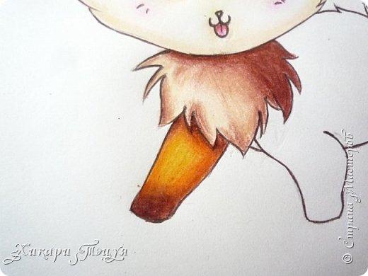 Всем привет! Сегодня мы с вами нарисуем вот такого лисёнка.  Некоторые меня просили сделать МК как я рисую ЭАХ, но, к сожалению, это не так легко. Поэтому я начну свои мастер-классы с более лёгких рисунков. Для работы нам понадобятся: простой карандаш; ластик; если нужно, то чинка; цветтные карандаши; черная, коричневая и оранжевая ручки (если нет, то можно обойтись одной черной или черным фломастером), а еще корректор или белая ручка. И очень прошу - читайте то, что я пишу!!! Не просто смотрите и рисуйте, а еще и читайте, не ленитесь. фото 45