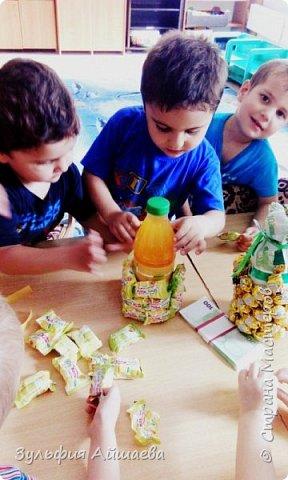 """Вот такие ананасы мы смастерили с малышами из детского реабилитационного центра """"Намыс"""". Поделка проста в исполнении и увлекательна даже для самой младшей группы.)  фото 3"""