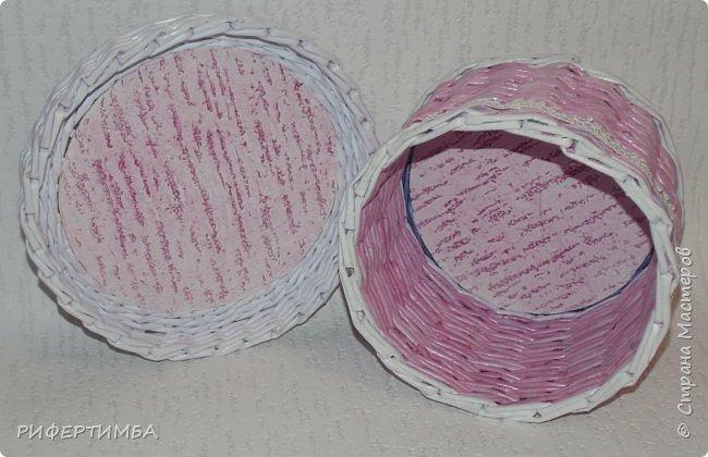 шкатулки девчачьи)))трубочки из офиски,деленной на 4 части .покраска колером с грунтовкой и...кондиционером для белья..распечатки на струйном принтере в фотоателье.  фото 9