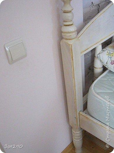 Вот мои вытворки с кроватью. В пару к столику получился гарнитур. фото 6