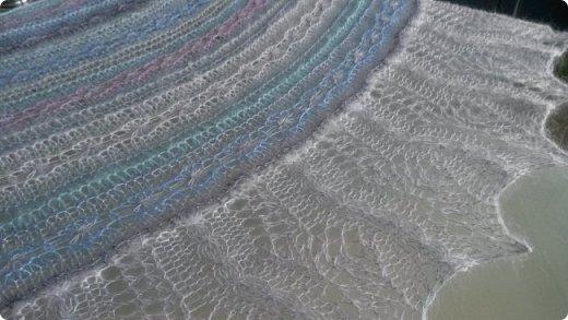 """Шаль - трансформер """" Лоскутное облачко"""" Это шаль дизайнера Tetiana Otruta """"Halyard"""" Шаль совершенно неожиданно оказалась трансформером, поскольку возможно несколько вариантов носки - как шаль, как кофта, как жилетка, как снуд, пелерина и д.т.   фото 2"""
