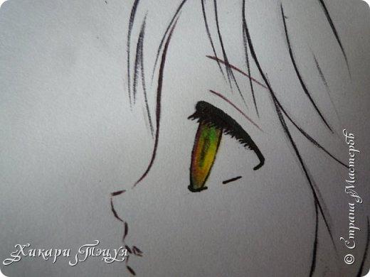 Здравствуйте! Ну вот и обещанный МК девушки-аниме. Правда, только первая часть. Но на большее пока нет времени.  Сегодня мы нарисуем ее карандашом, обведем ручками и разрисуем голову.  Для работы нам нужно: простой карандаш и ластик, цветные ручки, цветные карандаши и корректор, можно еще взять фломастеры, так как я не знаю, пригодятся они нам или нет, потому что фоткаю по ходу того, как рисую. фото 32