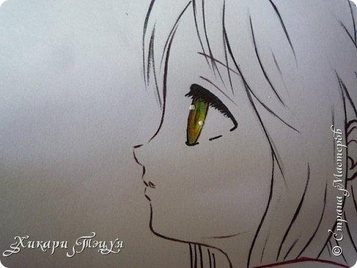 Здравствуйте! Ну вот и обещанный МК девушки-аниме. Правда, только первая часть. Но на большее пока нет времени.  Сегодня мы нарисуем ее карандашом, обведем ручками и разрисуем голову.  Для работы нам нужно: простой карандаш и ластик, цветные ручки, цветные карандаши и корректор, можно еще взять фломастеры, так как я не знаю, пригодятся они нам или нет, потому что фоткаю по ходу того, как рисую. фото 33