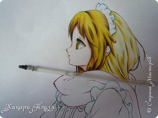Здравствуйте! Ну вот и обещанный МК девушки-аниме. Правда, только первая часть. Но на большее пока нет времени.  Сегодня мы нарисуем ее карандашом, обведем ручками и разрисуем голову.  Для работы нам нужно: простой карандаш и ластик, цветные ручки, цветные карандаши и корректор, можно еще взять фломастеры, так как я не знаю, пригодятся они нам или нет, потому что фоткаю по ходу того, как рисую. фото 46