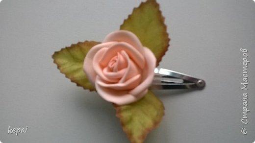 Моя первая заколка и роза из фоамирана. фото 4