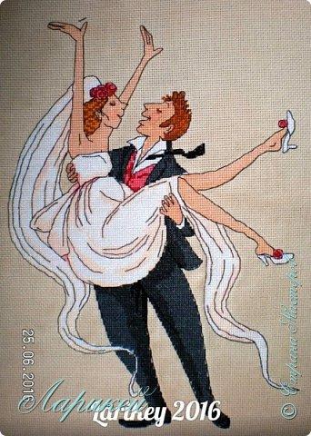 Вышила очередную свадебную метрику по схеме Натальи Дубровиной.очень ей благодарна.Работа не маленькая, примерно 28х38 см.Результатом осталась очень довольна! фото 1
