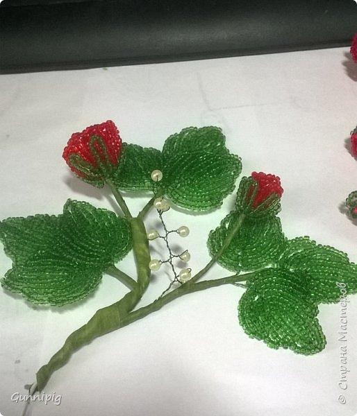 Вот такая красная плетистая розочка у меня получилась. Решила также выложить пошаговый процесс ее создания, мало ли, кому пригодится) фото 32