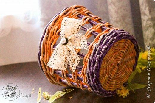 Всем доброго времени суток!Как и обещала, показываю вам свою новую плетеную шкатулку, сделанную на заказ, а также карандашницу, прилагающуюся как бонус. фото 4
