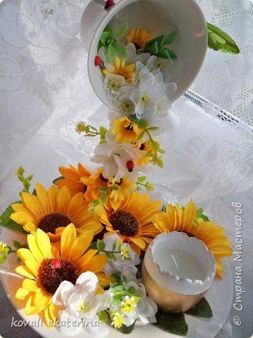 Здравствуйте друзья!Недавно заказали летнюю интерьерную композицию, вот и появился повод попробовать сделать парящую чашу. фото 3