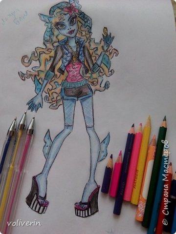 """""""Куколы Монстер Хай (Monster High) нарисованных ручками и цветными карандашами часть два"""" Продолжаю рисовать монстряшек, получаться стало лучше, чем в начале, но ещё есть к чему стремиться. фото 28"""
