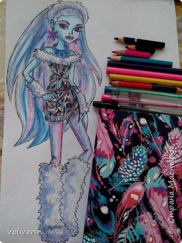 """""""Куколы Монстер Хай (Monster High) нарисованных ручками и цветными карандашами часть два"""" Продолжаю рисовать монстряшек, получаться стало лучше, чем в начале, но ещё есть к чему стремиться. фото 27"""