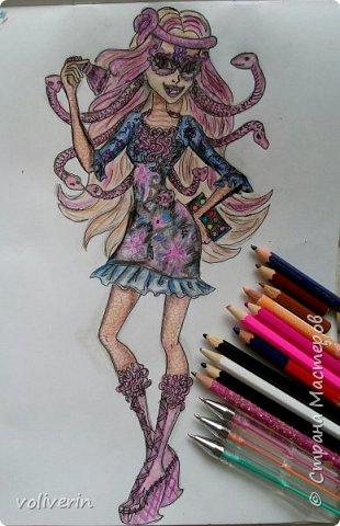 """""""Куколы Монстер Хай (Monster High) нарисованных ручками и цветными карандашами часть два"""" Продолжаю рисовать монстряшек, получаться стало лучше, чем в начале, но ещё есть к чему стремиться. фото 3"""