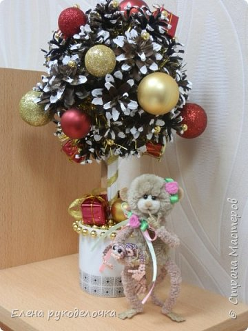 """Это """"Сладкое счастье"""" делали мы с дочкой для её подружки. Для цветочков использовали салфетки, для ствола - палочки для суши, в кружке гипс. фото 5"""
