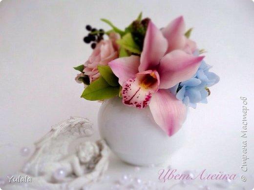 Здравствуй, Страна! У меня новый букет. Орхидею делала впервые. Получилась с третьего раза.  фото 1
