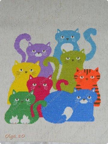 Я хоть и не кошатница, но не смогла пройти мимо этой идеи. Сумочку с такими котами присмотрела в одном из номеров журнала «Вышиваю крестиком» фото 4