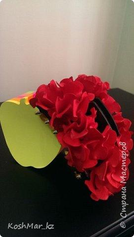 Крабик с пышными цветами (цвет на Ваш выбор) фото 1