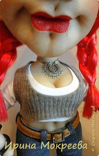 Сегодня закончила делать интересную куклу - девушку неформалку парикмахера . Выношу на ваш суд. фото 2