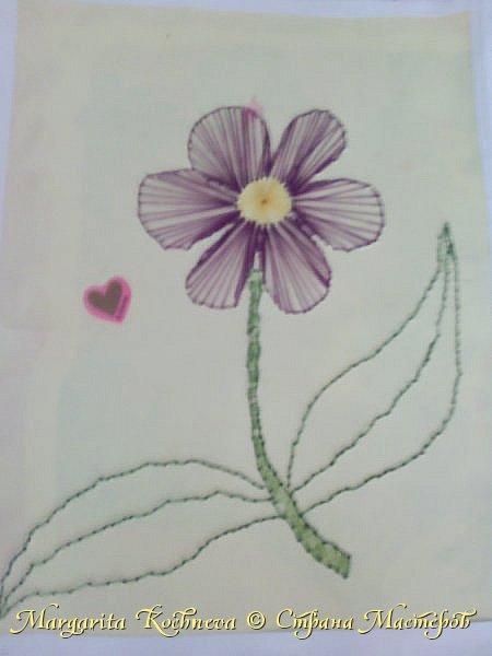 Цветок в технике изонить
