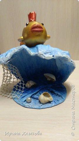 Задание было сделать поделку по сказке. Получилась вот такая золотая рыбка на волне. фото 2