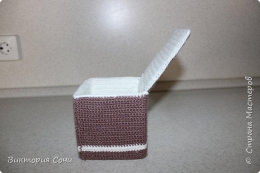 Всем добрый день! Сегодня я хочу представить вашему вниманию мою новую работу - предметы интерьера для ванной комнаты. В набор входят: - шкатулка для ватных палочек - шкатулка для заколочек - стакан под зубные щетки - чехлы для лака и пенки для волос - декорированная картина фото 35