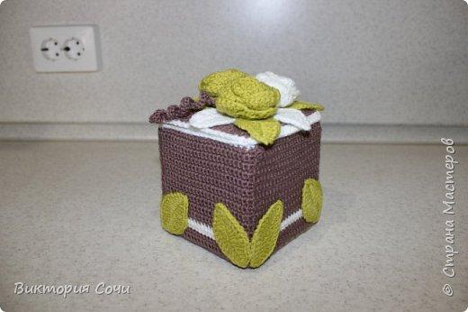 Всем добрый день! Сегодня я хочу представить вашему вниманию мою новую работу - предметы интерьера для ванной комнаты. В набор входят: - шкатулка для ватных палочек - шкатулка для заколочек - стакан под зубные щетки - чехлы для лака и пенки для волос - декорированная картина фото 40