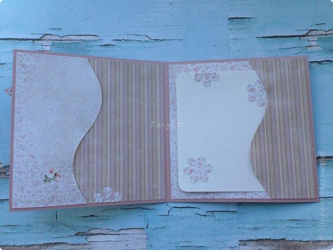 """-Какие милые цветочки! - воскликнула я , взяв в руки лист скрапбумаги от FLEUR """"нежность"""" к которому нашелся  партнер  """"малыш"""".  Так дома появилось два новых листа бумаги:)  А сегодня меня накрыло жгучее желание их пристроить. Результат перед вами. Открытка 15Х15, основа шайн от берег фото 4"""
