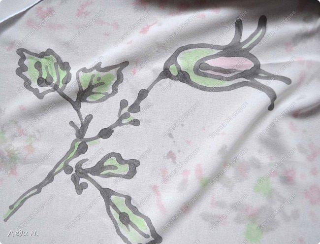 Доброе время суток, уважаемые обитатели СМ!  Какое лето без цветов? Конечно же неправильное! Отсюда вывод - надо рисовать цветы! Ну а что с меня взять? Розы меня прельщают крайне редко... Я певец сорняков. Может быть один из последних:) Надеюсь, не единственный:)  Красота бывает незаметной. Но тем больше впечатляет, когда приглядишься. Раз увидел - взгляд не оторвать. Пустырник - один из самых изящных растений, а сочетание нежных, бледных цветов и тёмных бархатистых листьев завораживают. Вот он, мой прекрасный, изящный цветок! фото 26