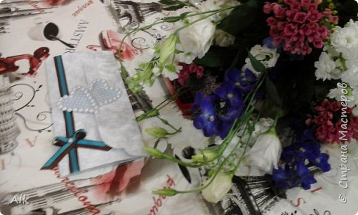 Мой первый конвертик изготовленный для подарка ко дню бракосочетания. цвет лент в тонах цветовой гаммы  на свадьбе (по крайней мере очень близко к оригинальной).  фото 13