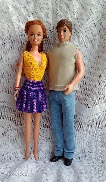 Это куклы моей дочуры. Софья и Николай. Очень старые. Решила порадовать и дочку и эту парочку, прошедшую вместе и огонь и воду.  фото 1