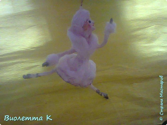 Вот такая девочка с муфточкой получилась.. По мотивам старинных немецких игрушек... фото 5