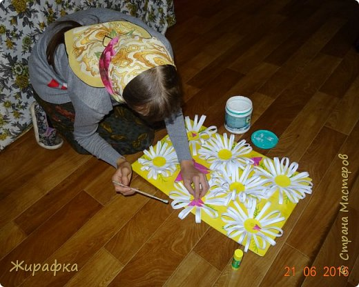 Цветы и колоски для панно делали постепенно. Во время создания других работ. И ещё осталось немного в запасе. фото 45