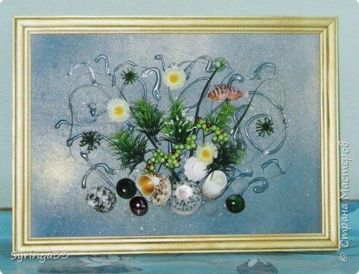 """Добрый день. Десять лет назад я закончила курсы флордизайна и первое время очень любила делать картины из искусственных цветов, бусин, ракушек. Сейчас творю в этой технике редко. Представляю свои любимые работы. Первая-""""Морская"""" фото 3"""