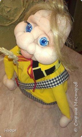 """Здравствуйте,уважаемые!!! После долгого перерыва - сменила свое амплуа и увлеклась куклами. Благодаря  МК Елены Лаврентьевой (чтобы у нее ручки не болели),http://pawy.jimdo.com/ ,я заболела """"скульптурным текстилем"""". Как бы я не пыталась повторить ее куклы,не получается .У каждого свой почерк и это факт! Итак: работа №1 (самая,  самая первая, учебное пособие) фото 5"""
