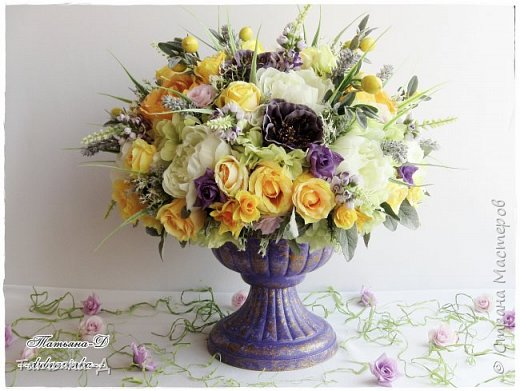 Доброго дня Всем,кто заглянул ко мне сегодня в гости!!! Представляю НОВИНКУ!!!  Интерьерная композиция создана в прованском стиле, и как-бы уносит нас  в прекрасные,душистые поля и сады Прованса...!!! Как-будто Вы гуляли по Провансу и принесли домой милый букет из цветов и трав... Всем,всем желаю приятного просмотра и бесконечных творческих идей!!! фото 1