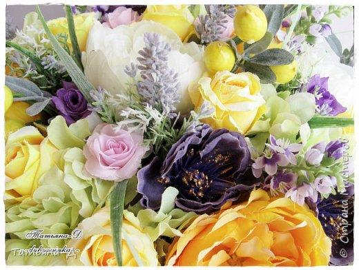 Доброго дня Всем,кто заглянул ко мне сегодня в гости!!! Представляю НОВИНКУ!!!  Интерьерная композиция создана в прованском стиле, и как-бы уносит нас  в прекрасные,душистые поля и сады Прованса...!!! Как-будто Вы гуляли по Провансу и принесли домой милый букет из цветов и трав... Всем,всем желаю приятного просмотра и бесконечных творческих идей!!! фото 6
